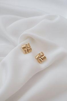 Diamond Studs /Halo Earrings / Diamond Stud Halo Earrings in Gold/ Cushion Cut Shape Diamond Stud Earrings/ Graduation Gift - Fine Jewelry Ideas Gold Jewelry, Jewelery, Fine Jewelry, Jewelry Accessories, Women Jewelry, Cheap Jewelry, Jewelry Case, Jewelry Shop, Jewelry Stores