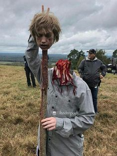 EP.15 HENRY AND HIS HEAD!!! Walking Dead Season 9, Walking Dead Tv Show, Walking Dead Funny, Walking Dead Zombies, Fear The Walking Dead, Walking Dead Characters, Stuff And Thangs, American Horror Story, Dark Side