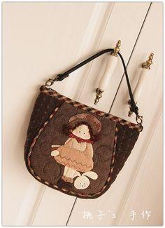 『桃子's手作』shinnie娃娃与宠物兔随身包~手拿包~