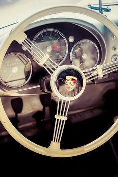 Vintage #Porsche steering wheel & instruments, 📸 by Markus Spiske