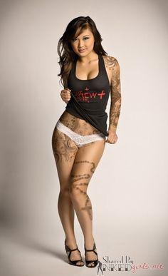 InkedGirls.Net - Girls with Tattoos. Hot Pictures, Sexy Women, Beautiful Tattoos.