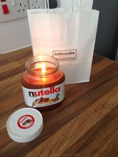 Personalizado de Nutella vela ❤️ Diy Candles, Candle Jars, Nutella Jar, Candle Making, How To Make, Crafts, Bedroom Inspiration, Business, Cake Designs