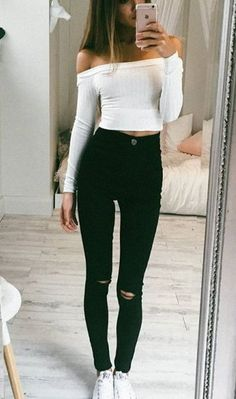 How to style your knitted crop top | Winter Trends