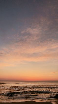 Ocean Wallpaper, Phone Screen Wallpaper, Wallpaper Backgrounds, Aesthetic Backgrounds, Aesthetic Iphone Wallpaper, Aesthetic Wallpapers, Pretty Sky, Beautiful Sunset, Images Esthétiques