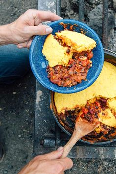 This camping recipe for Dutch oven chili and cornbread is the perfect one pot campfire meal to keep you warm and toasty all night long. Campfire cooking | Camping food