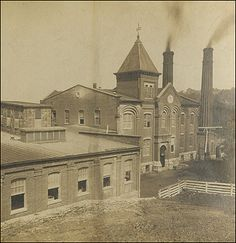 Ep. 89 features the history & hauntings of the Buffalo Trace Distillery! http://historygoesbump.libsyn.com/history-goes-bump-podcast-ep-89-buffalo-trace-distillery