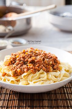 The Queen of pasta! Bolognese, Pasta Recipes, Macaroni And Cheese, Favorite Recipes, Queen, Eat, Cooking, Book, Ethnic Recipes
