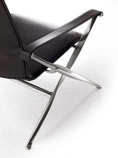 Armchair BEVERLY. Collection B&B Italia design Antonio Citterio