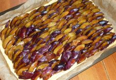 Slab Pie, Hungarian Recipes, Winter Food, Pie Recipes, Starters, Main Dishes, Sausage, Food And Drink, Vegetarian