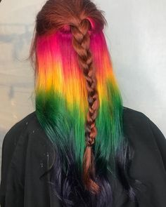 "Polubienia: 239, komentarze: 4 – Charlotte Hair Colorist (@kenziethehairfairy) na Instagramie: ""Rainbow under lights 🌈 Gotta start working on my braid game! Tag me in your braids for inspo 🌈 734…"""