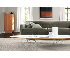 Surfboard table ! Grande table basse Elliptical de Eames. https://www.konikodesign.com/fr/tables/tables-basses/table-basse-style-elliptical-blanche-p9,25-1777,1436.html