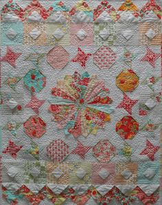 Shortcuts quilt pattern, made with 3D folded blocks. © 2008-2015 by Pati Fried.