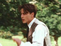 Beautiful pic isnt it? Johnny And Winona, Young Johnny Depp, Johnny Depp Movies, Johnny Depp Leonardo Dicaprio, Johnny Depp Wallpaper, John Depp, Leonardo Dicapro, Finding Neverland, Daddy Issues