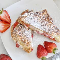 Sweet Strawberry Grilled Cheese Sandwich Cooking with Manuela: Sweet Strawberry Grilled Cheese Sandwich Grill Breakfast, Sweet Breakfast, Breakfast Recipes, Dessert Recipes, Desserts, Cream Cheese Sandwiches, Cheese Sandwich Recipes, Grilled Cheese Recipes Easy, Grill Sandwich
