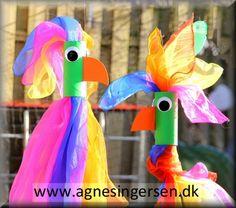 Papegøjen har jeg lavet som tørklæde holder til mine chiffon tørklæder som vi bruger meget i min dagpleje :)  Du finder skabelonen, vejledningen og et bud på hvad du kan erstatte tørklæderne med lige her:  http://agnesingersen.dk/blog/papegoeje/ :) #papegøje #diy #tørklædeholder