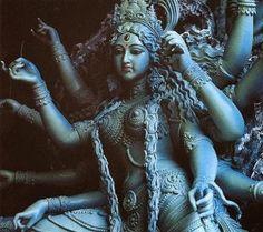 Diosas de la Muerte en el hinduismo.Kali diosa oscura y destructiva                                                                                                                                                     Más