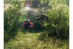 幻の湖での不思議なダイビング in オーストリア   roomie(ルーミー)