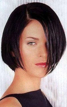 Kurzhaarfrisuren für Frauen mit ovalem Gesicht