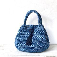 Bucket Bag, Straw Bag, How To Wear, Fashion, Bags, Tejidos, Moda, Pouch Bag, Fasion