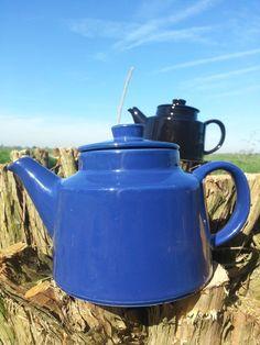 Arabia Finland Kilta/Teema teapot blue.. design by fcollectables, €40.00