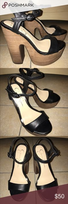 Jessica Simpson Heels Jessica Simpson Heels size 5.5! Used inside the house, so they are basicaly new. Steve Madden Shoes Heels