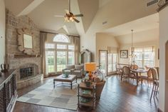 Founded with over 45 years of history in residential building and development, First Texas Homes has been building quality homes in Texas for over a quarter century. Texas Homes, New Homes, Living Spaces, Living Room, Grand Homes, Home Photo, Family Room, Photo Galleries, Patio