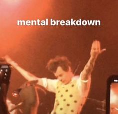I relate to this way too much Memes Lol, Stupid Memes, Memes Humor, Memes For Texting, Harry Styles Memes, Harry Styles Photos, Response Memes, Current Mood Meme, Funny Reaction Pictures
