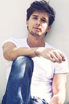 Well hello there Mr. Dilaurentis