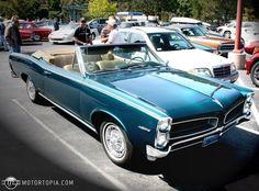 1966 Pontiac Tempest Custom Convertible (Gidget)