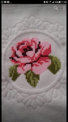 This Pin was discovered by Seb Cross Stitch Borders, Cross Stitch Rose, Cross Stitch Flowers, Cross Stitching, Cross Stitch Patterns, Crewel Embroidery, Machine Embroidery, Bow Pillows, Bargello