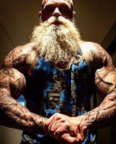 Thinking Like a Pro: Smart Gym Moves, Part 1 Grey Beards, Long Beards, Epic Beard, Sexy Beard, Short Beard, Beefy Men, Viking Warrior, Beard Styles For Men, Hipster Man