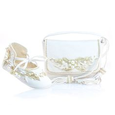 White Leather Baby Shoes and a matching  Mini Shoulder Bag  #handmadeshoes #babycouture #christening #wedding #whiteshoes #cinderellashoes #handmadebag #leathercraft #whiteleather #goldenleather