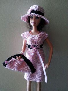 vêtement poupée mannequin Barbie (246) Crochet Barbie Clothes, Doll Clothes Barbie, Barbie Dress, Crochet Short Dresses, Crochet Doll Dress, Barbie Patterns, Doll Clothes Patterns, Crochet Costumes, Barbie Wardrobe