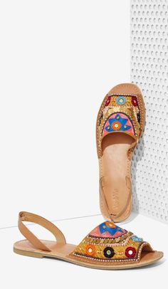 Beaded Leather Sandal ==