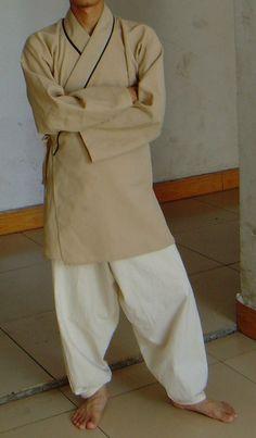 Ming-Era peasant dress (Shuhe)