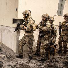militaryarmament: Norwegian FSK, MJK and Delta police during...