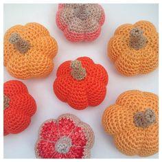 Herfst Pompoentjes Haakpatroon! / Fall Pumpkin Crochetpattern! | Martine de Regt Crochetlife
