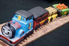 Amazing Thomas the train cake