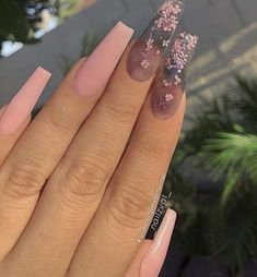 Top Awesome Coffin Nails Design 2019 You Must Try Awesome coffin nails are the hottest nails now. We collected of the most popular coffin nails. So, you don't have to spend too much energy. It's easy to find your favorite coffin nail design. Acrylic Nails Natural, Pink Acrylic Nails, Pink Acrylics, Acrylic Spring Nails, Ballerina Acrylic Nails, Natural Nails, Aycrlic Nails, Swag Nails, Glitter Nails