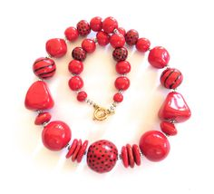 Red+Beaded+Necklace+Kazuri+Beads+Fair+Trade+by+lizbriggsdesigns
