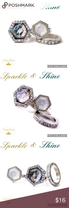 30% OFF 2+ BUNDLES!💠NWT Stacking Ring SET Gorgeous smokey hues - Set of 3 silver & crystal rings that would amazing worn together or alone!                                                                          💠30% OFF BUNDLES when purchasing 2 or more items, not valid with any other promotions, specials or discounts.                                       💠FREE GIFT with every purchase over $10.       TAGS: Stacking rings, ring set, crystal ring. Sunmer Paradise Jewelry Rings