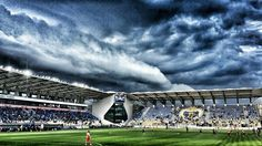 Romania - May 06, 2016 Awesome shelf cloud captured over Stadium Ploiesti this afternoon! WOW !!!  Photo - Popescu Valentin and Monycu Monys Thanks for sharing Ramiro Caciulat emoticon like  Petrolul Ploiesti - CFR Kluz 1-0
