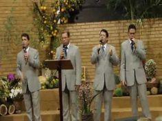 Quarteto Gileade  Rude Cruz Acesse Harpa Cristã Completa (640 Hinos Cantados): https://www.youtube.com/playlist?list=PLRZw5TP-8IcITIIbQwJdhZE2XWWcZ12AM Canal Hinos Antigos Gospel :https://www.youtube.com/channel/UChav_25nlIvE-dfl-JmrGPQ  Link do vídeo Quarteto Gileade  Rude Cruz  O Canal A Voz Das Assembleias De Deus é destinado á: hinos antigos músicas gospel Harpa cristã cantada hinos evangélicos hinos evangelicos antigos louvores pregações palestras seminárioscultos pregações  culto…