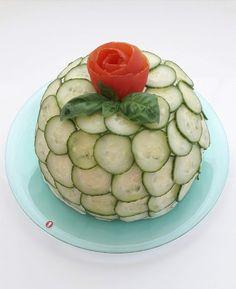 Suolainen prinsessakakku Cucumber, Zucchini, Baking, Vegetables, Recipes, Foods, Food Food, Food Items, Bakken