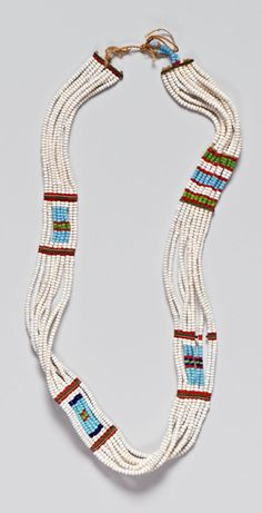 Kenya | Necklace from the Kamba people | Glass beads, plastic and fiber | ca. 1880 - 1971