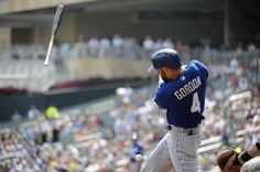 Alex Gordon #4 of the Kansas City Royals loses his bat in the first inning against the Minnesota Twins at Target Field on August 29, 2013 in Minneapolis, Minnesota. (Photo by Marilyn Indahl/Getty Images)