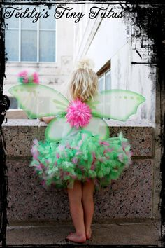Whimsical Pink Tinkerbell Petti Tutu Outfit por PansyPieBoutique