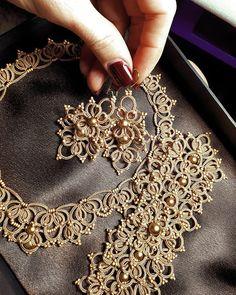 66 Best ideas for crochet lace jewelry pattern tatting earrings Tatting Necklace, Tatting Jewelry, Lace Jewelry, Tatting Lace, Fabric Jewelry, Diy Necklace, Chocker Necklace, Irish Crochet, Crochet Lace