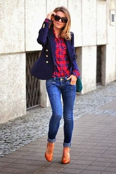 Casual Friday work outfit with plaid button down, jeans, navy blazer, and camel pumps. I have all this, great casual friday outfit! Mode Outfits, Fall Outfits, Casual Outfits, Casual Friday Work Outfits, Blazer Outfits For Women, Summer Outfits, Friday Outfit, Weekend Outfit, Look Fashion