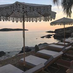 #sunset #ono #bar #restaurant #syros#island #amazing #greece🇬🇷 Jamaica, Greece, Restaurant, Patio, Island, Bar, Sunset, Studio, Amazing